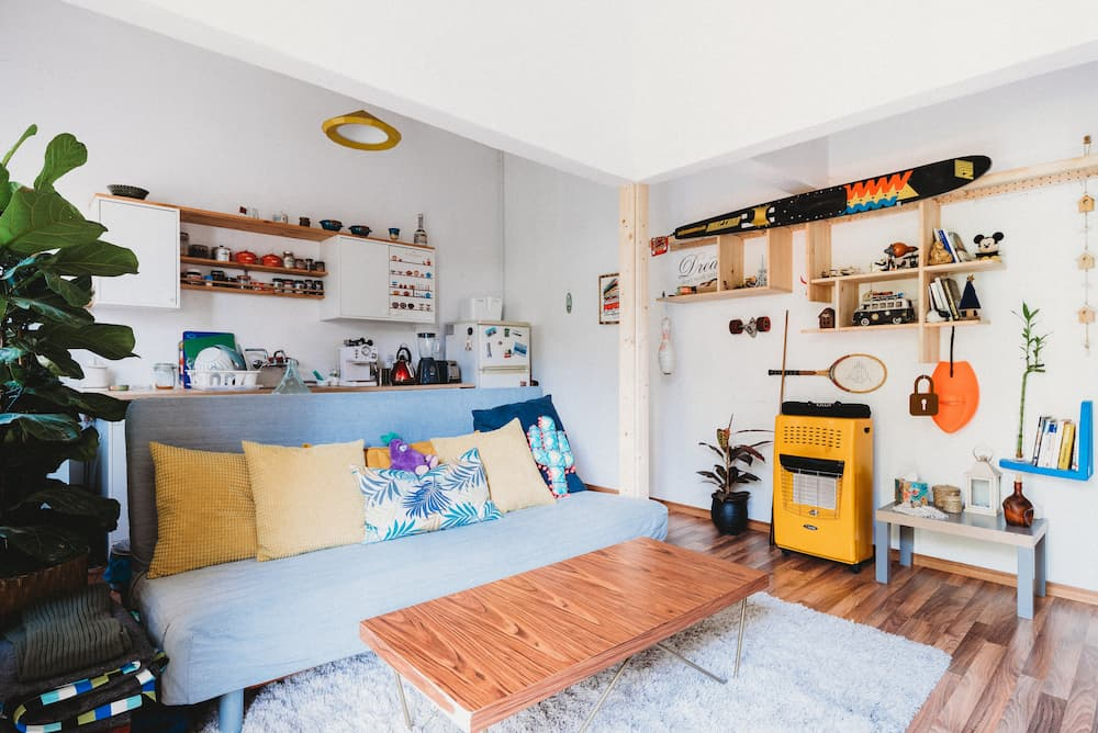 How to Maximize Space in a Small Apartment: 7 Valuable Tips