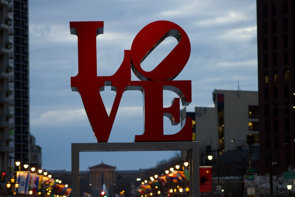 LOVE sign at LOVE park, a great family thing to do in Philadelphia this weekend