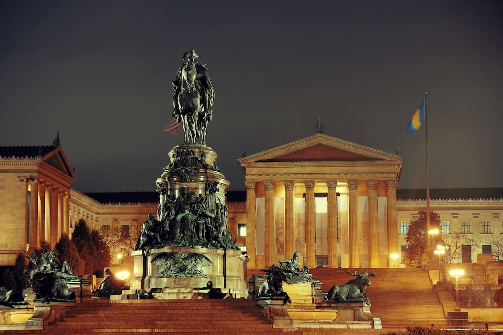 statue in front of the Philadelphia museum of art-visit for family fun this weekend in Philadelphia