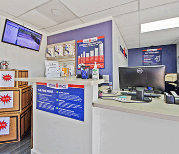 store space self storage leasing office located in dallas tx