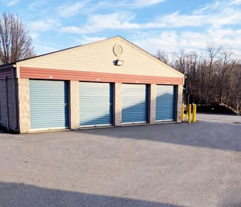 Local storage units with easy gate access in Indiana