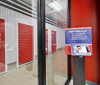 Self-service kiosk for renting storage units