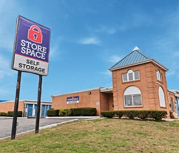 store space self storage facility at 1030 S erie blvd in Hamilton OH 45011