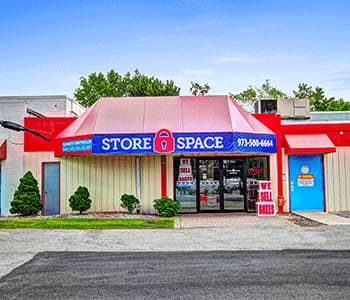 Photo of the Store Space facility located at 380 US-46